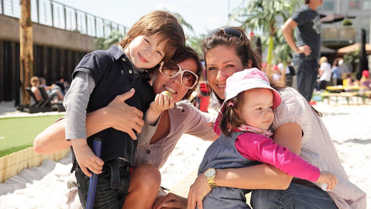 Beachclub Saison mit der Familie